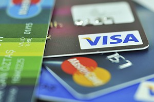 U.S. Credit Cards Tackle Fraud With Embedded Chips, But No PINs