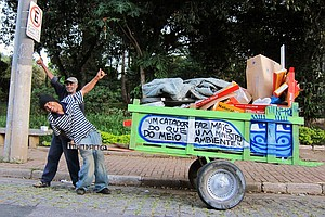 MTV Pimps Cars, Brazil Pimps Trash Carts
