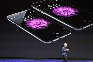 Apple Sold 30,000 iPhones An Hour Last Quarter, Scored Re...