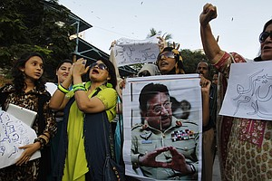 At His Villa, Pakistan's Musharraf Awaits Trial And Holds Court