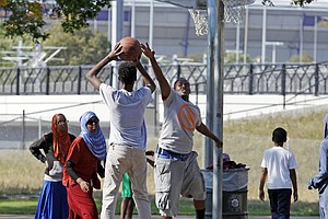 For Somalis In Minneapolis, Jihadi Recruiting Is A Recurring Nightmare