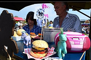 Pigeon, Parakeet And Pony: Amsterdam Food Truck Serves Ma...