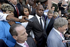 Adrian Peterson To Be Reinstated By NFL