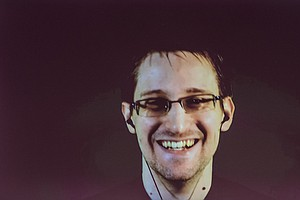 Snowden: Ruling Against NSA 'Extraordinarily Encouraging'