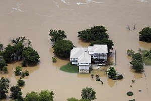 Death Toll In Texas, Oklahoma Floods At 28