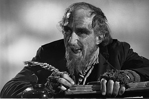 Ron Moody, Who Delighted Audiences As Fagin In 'Oliver!' ...