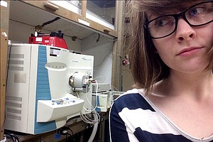 #Distractinglysexy Tweets Are Female Scientists' Retort To 'Disappointing' Co...