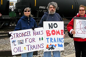 Battle Over New Oil Train Standards Pits Safety Against Cost