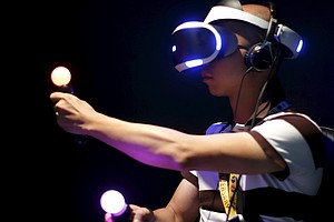 Gaming Industry Pushes Virtual Reality, But Content Lags