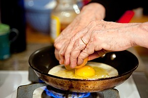 The Basted Egg: A Foolproof Play On The Poach