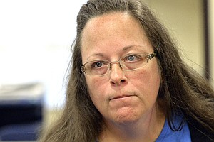 Kentucky Clerk Is Due In Federal Court For Contempt Hearing