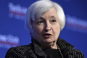 Yellen Signals That An Interest Rate Hike Could Be Near
