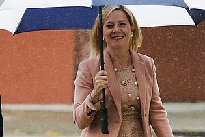 Bridgegate Trial: Aide Says Christie Knew Of Traffic-Snar...
