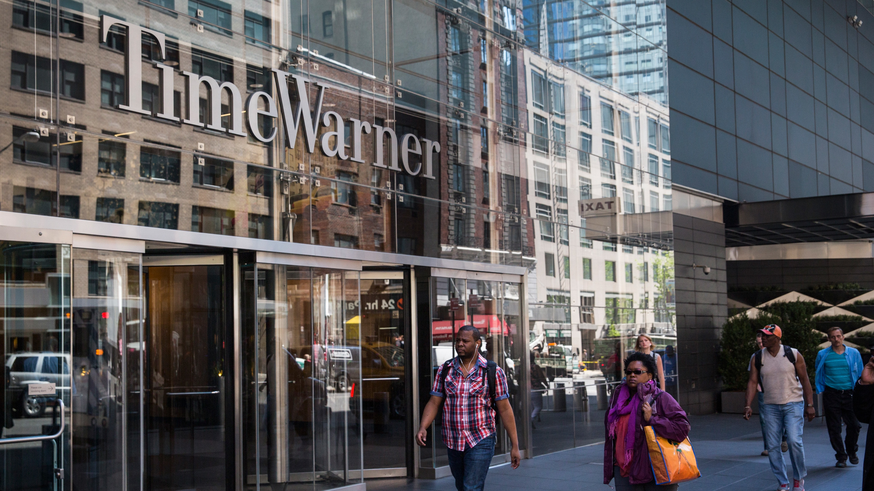 the details and logic behind the merger of time warner and american online