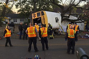 At Least 5 Children Die In Tennessee School Bus Crash