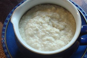Eat Ye Bread Sauce While Ye May: Brits Go Medieval On Christmas Day