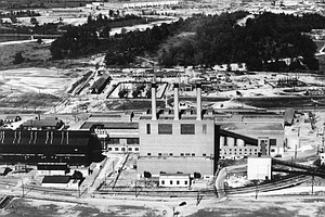 Passions Flare Over Memory Of The Manhattan Project