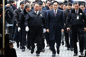 Samsung Head Avoids Arrest On Bribery Charge, But He's No...
