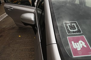 Survey Finds Lyft Drivers Happier Than Uber, Though Pay H...