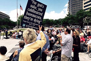 Patients Demand The 'Right To Try' Experimental Drugs, Bu...