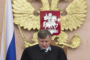 Top Russian Court Bans Jehovah's Witnesses, Claiming 'Extremist Activities'