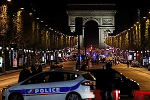1 Officer Killed, 2 Wounded In Shooting On Paris' Champs ...