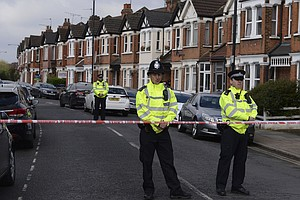 British Counterterrorism Police Shoot A Woman And Arrest ...
