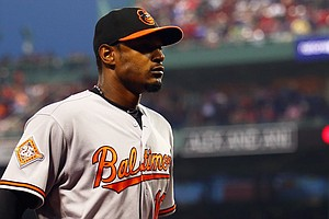 WATCH: Orioles' Adam Jones Receives Ovation At Fenway Aft...