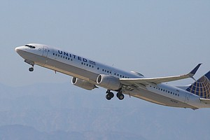 United Apologizes As Another Passenger Loses Seat, This O...