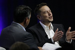 Elon Musk Warns Governors: Artificial Intelligence Poses 'Existential Risk'