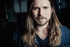 Lukas Nelson On Surfing And Stingrays, A Childhood On Tou...