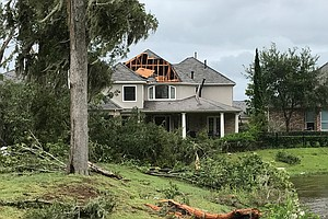 As Houston-Area Suburbs Wait For Harvey To Blow Over, Tem...