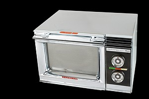 3 ... 2 ... 1 ... Beeeep! Your Microwave's 50th Anniversary Is Ready