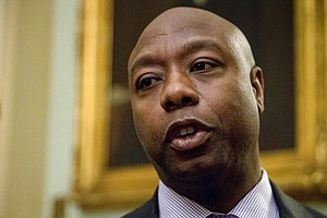 Sen. Tim Scott To Meet With Trump Over Charlottesville Response