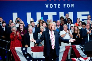 Trump Wades Deeper Into Alabama Primary At Campaign Rally...