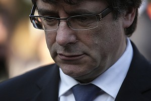 Catalan Leader Triggers Showdown With Spain Over Independ...