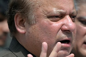 Arrest Warrant Issued For Ousted Pakistani Prime Minister