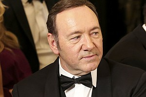 Kevin Spacey Apologizes To Anthony Rapp Over Alleged Sexu...