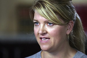 Utah Nurse Arrested For Doing Her Job Reaches $500,000 Se...