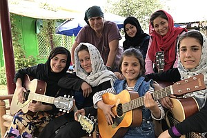 An American Rock Musician Teaches Guitar To Kabul's Stree...