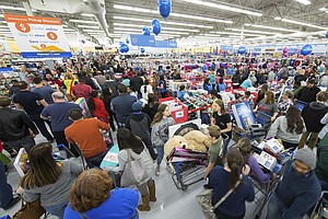 Retailers Hope For Strong Holiday Season As November Sale...