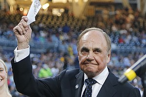 Sportscaster Dick Enberg, Whose Career Spanned 60 Years, ...