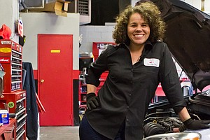 Girls Auto Clinic Owner: 'I Couldn't Find A Female Mechan...