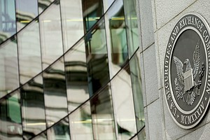Amid Bitcoin Frenzy, SEC Warns Against Risky Cryptocurren...