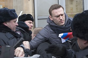 Prominent Putin Critic Arrested Amid Nationwide Protests ...