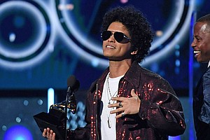 Bruno Mars Sweeps Major Categories At 2018 Grammy Awards