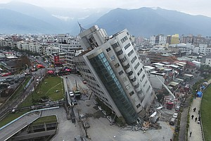 Rescuers In Taiwan Brave The Big Quake's Trembling Aftermath