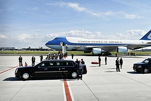 New Air Force One Deal Cleared For Takeoff