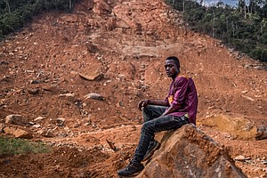 Life Doesn't Go On After The Mudslides In Sierra Leone