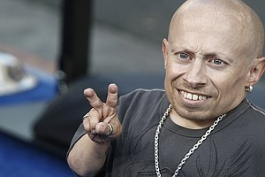 Verne Troyer, Actor Who Portrayed Mini-Me In 'Austin Powe...